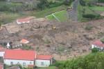 Teile von Fajazinha werden nach Gerölllawine evakuiert