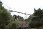 Zwei Männer stürzen bei Arbeiten an der SCUT von Brücke