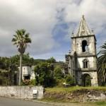 Ruine in Pedro Miguel; Foto: Roman Martin